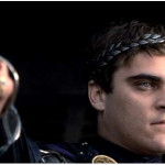 joaquin-phoenix-commodus-gladiator-thumbs-down